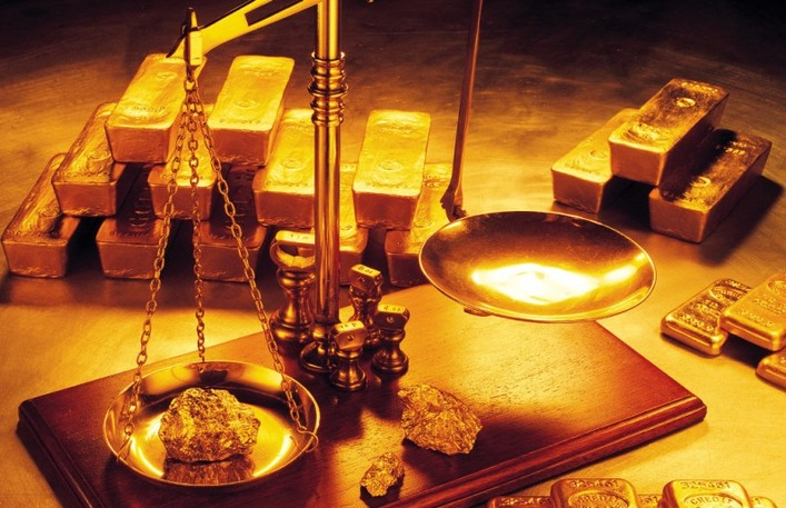 Picture of gold with weight scales